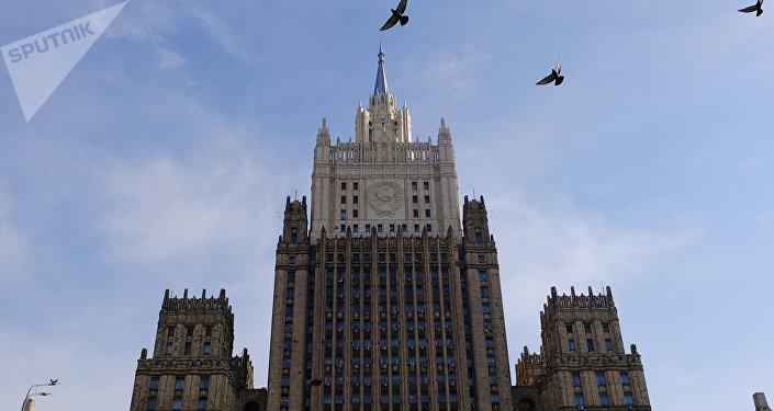 俄外長:俄羅斯呼籲伊朗保持克制