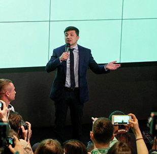 乌中选委:统计完80%的选票泽连斯基继续领先