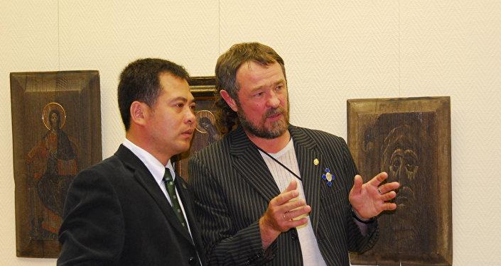刘明秀,基霍米洛夫(从左至右)