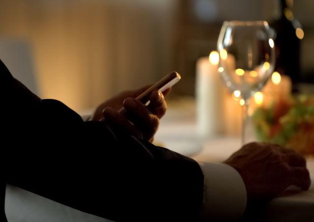 科学家:三分之一女性赴约为蹭饭