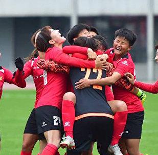 中国女足在友谊赛上大败俄罗斯女足