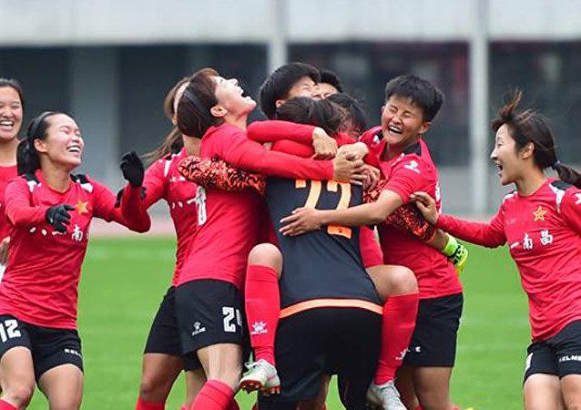 中國女足在友誼賽上大敗俄羅斯女足