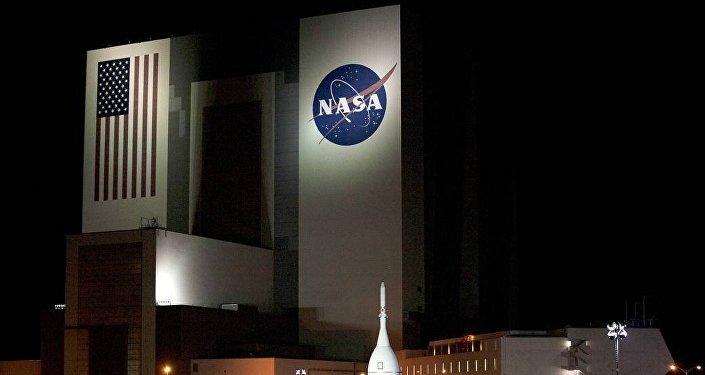 """美国航天局期待印度""""月船-2""""号探测结果 未来将派人登月"""
