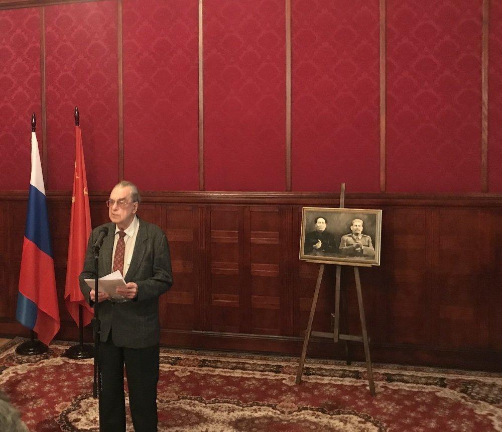 尤里·加林诺维奇(资料图片)