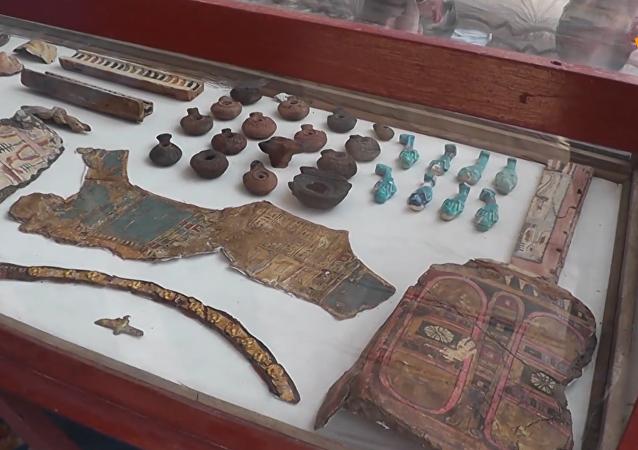 埃及考古新发现逾2000年古墓及50多具木乃伊