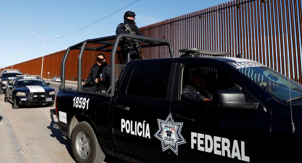 墨西哥一軍隊巡邏隊遇襲致15人死亡