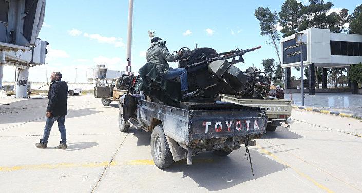 利比亚国民军对麦尔祖格空袭造成20人死亡 超35人受伤