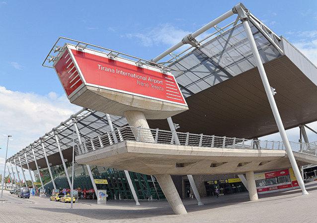 阿尔巴尼亚地拉那机场