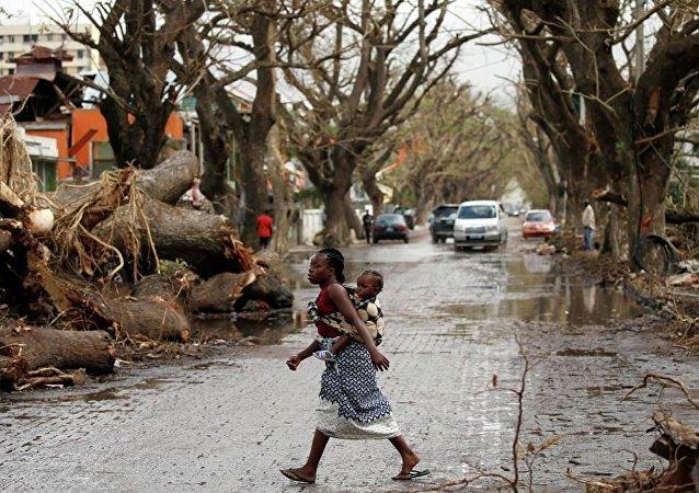 """强热带气旋""""伊代""""致非洲三国近300万人受灾"""