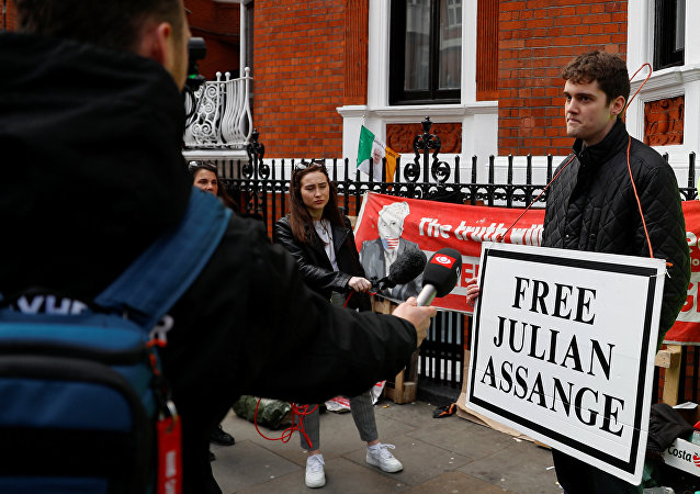 克宫:希望阿桑奇的权利得到保障