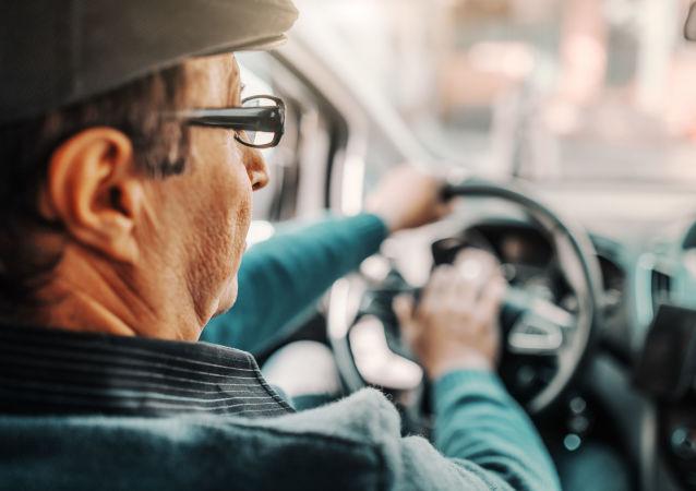 俄汽車科技中心:自2022年起汽車將可以識別駕駛員的心臟病發作