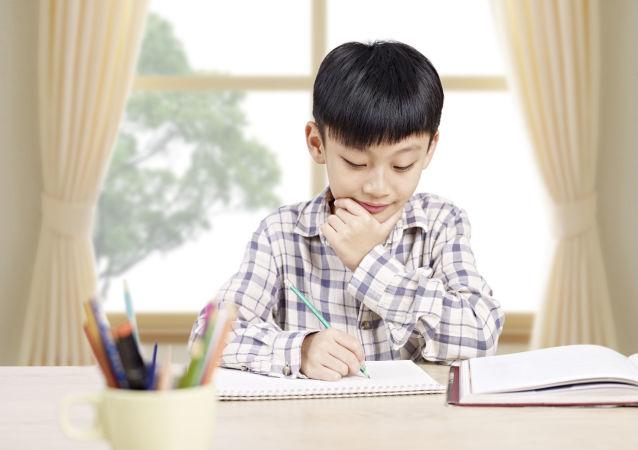 俄羅斯家長談如何提高孩子對學校的興趣
