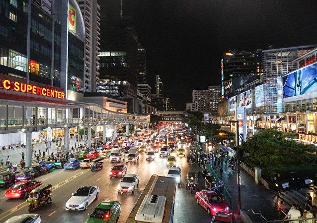 泰国政府:泰历新年第一天交通事故致40多人死亡 482人受伤