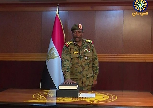 Глава переходного Военного совета Судана Абдельфаттах аль-Бурхан