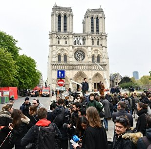 大火後的巴黎聖母院