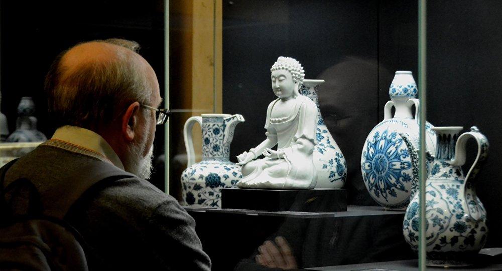 莫斯科展出罕见的中国瓷器