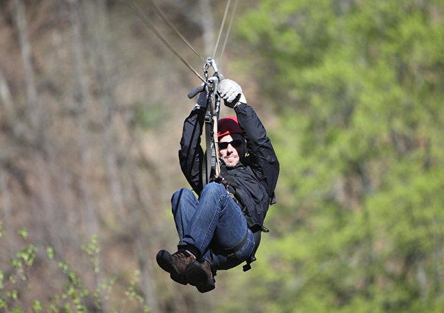 泰国再次发生高空滑索事故 一名加拿大游客坠亡