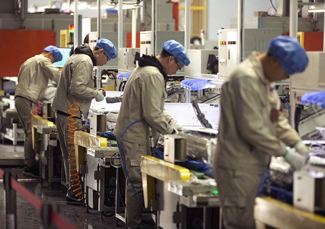 俄國家統計局:今年上半年超5萬中國公民赴俄工作