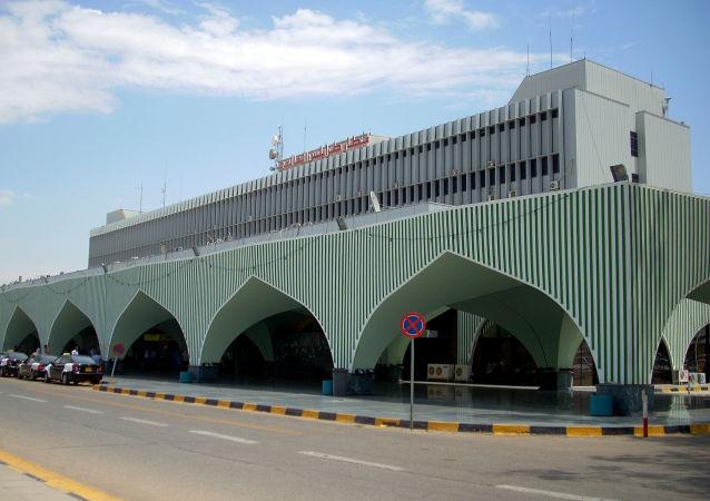 的黎波里米提加国际机场
