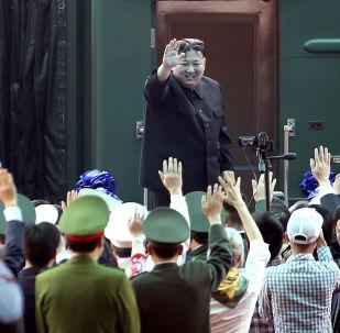 朝鮮最高領導人金正恩搭乘專列現身越南。