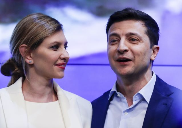 媒体:泽连斯基的妻子低价在克里米亚购得房产