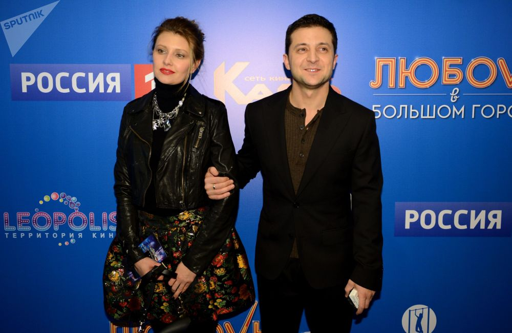 """演员弗拉基米尔·泽连斯基在莫斯科的""""卡罗电影十月""""电影院的影片《大城市的爱情-3》首映上,2013年。"""