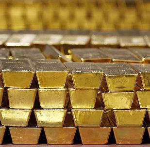 为什么许多国家从美国运回黄金?