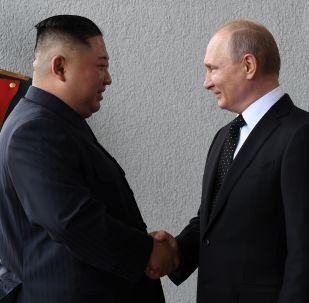 普京與金正恩在符拉迪沃斯托克會晤