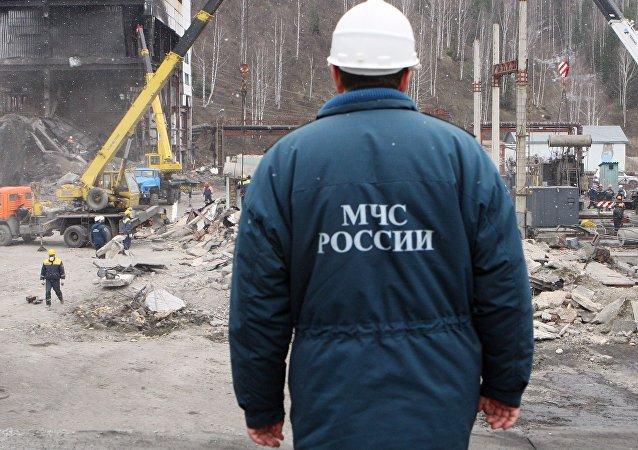 俄紧急情况部矿山救护队队员(资料图片)