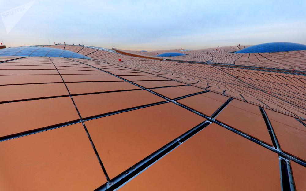 在建的北京大兴国际机场的屋顶结构