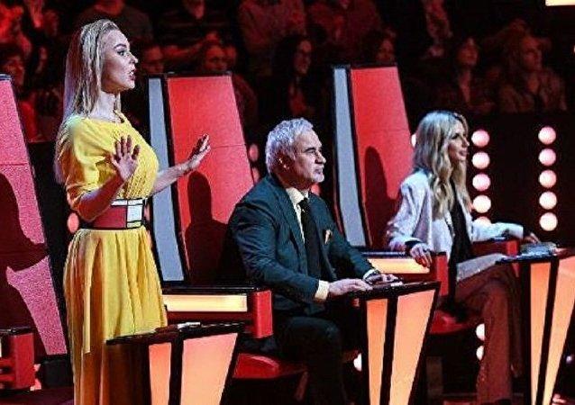 歌星阿苏的女儿赢得儿童好声音决赛 俄一台将核实投票结果