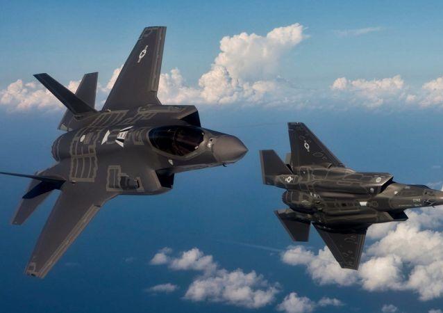 美國的第五代戰機F-35「閃電」