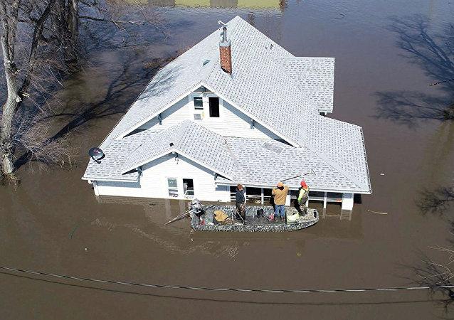 愛荷華州的洪水後果(資料圖片)