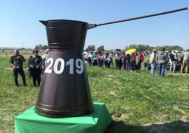 世界上最大的克里米亚鞑靼人特色咖啡壶