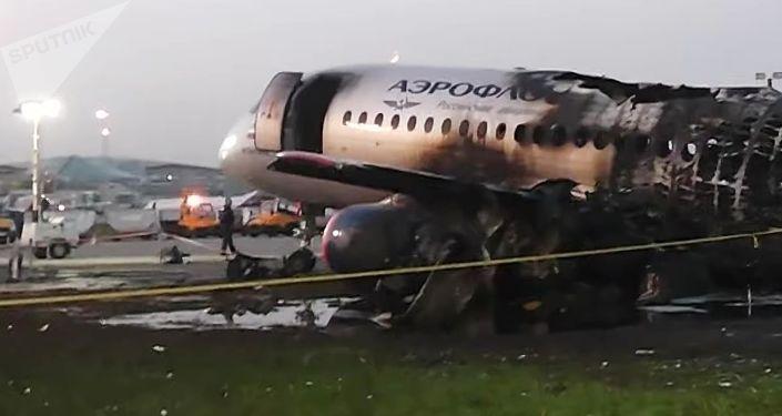 俄偵查委員會分析謝列梅捷沃飛機失事幾大可能