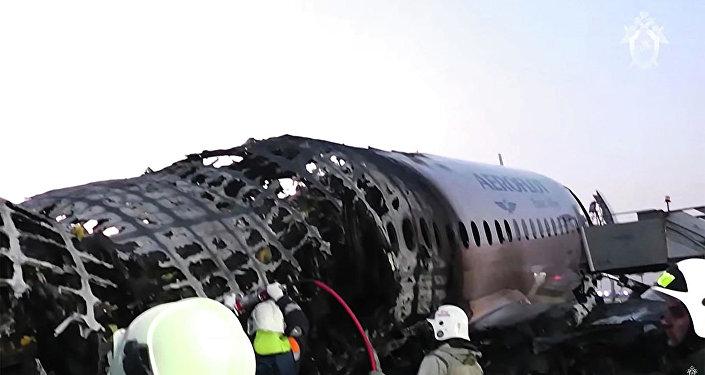 SSJ100事故調查:對飛機技術狀態沒有異議 但對駕駛員有疑問