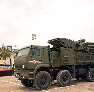 铠甲-S1在叙赫梅米姆空军基(资料图片)