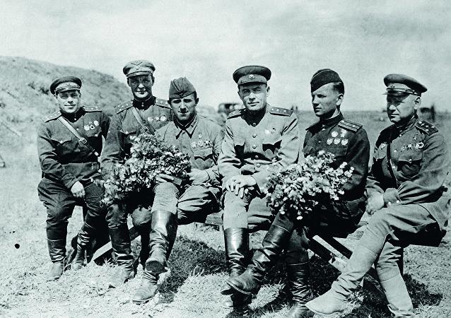 中将康·安·韦尔希宁和战友们——伟大卫国战争的空中王牌驾驶员