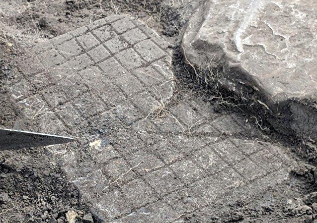 英国考古学家介绍古罗马军团如何娱乐