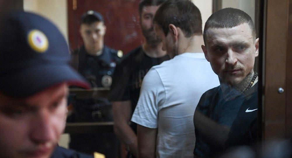 俄两名球员因流氓罪被判入狱