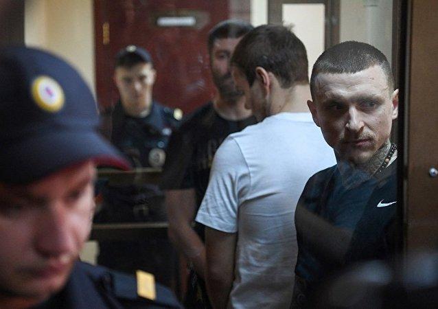 俄兩名球員因流氓罪被判入獄