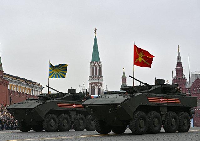 парад Бронетранспортер Бумеранг