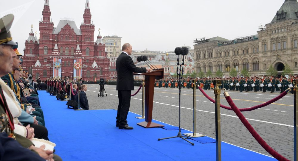法總統接受俄總統發出的參加慶祝偉大衛國戰爭勝利75週年活動邀請