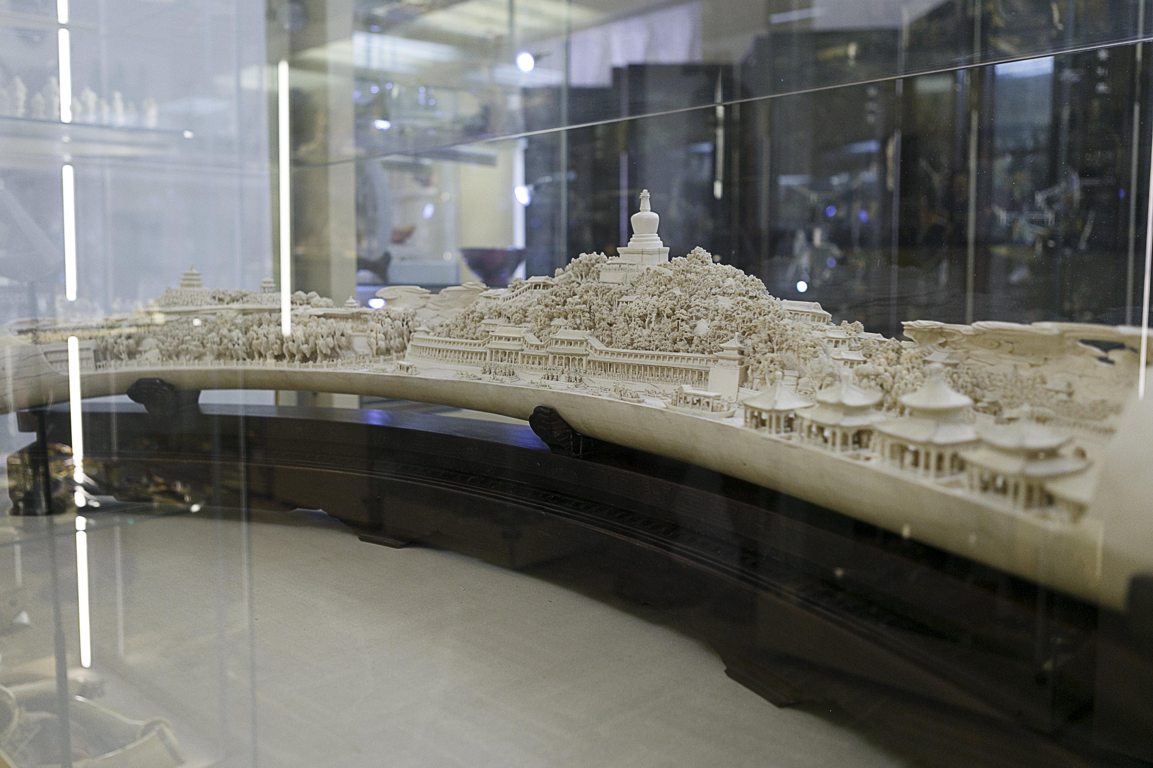 """""""北海公园全景""""雕塑 -- 中国领导人赠给苏联人民的国礼"""