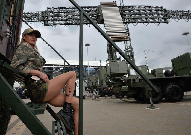 """明斯克""""米列克斯-2019""""国际武器装备和军事技术展"""