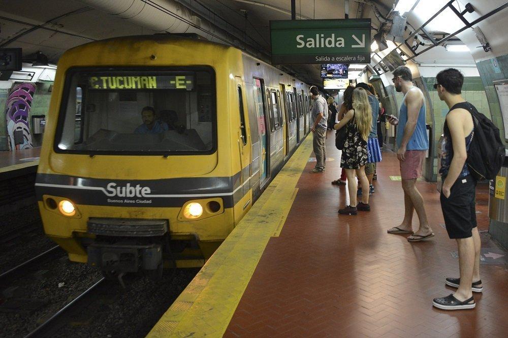 阿根廷布宜诺斯艾利斯地铁