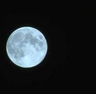 莫斯科夜空出現「藍月亮」