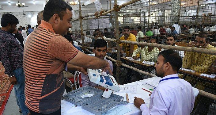 印度選舉委員會:執政聯盟在議會全民選舉中獲勝