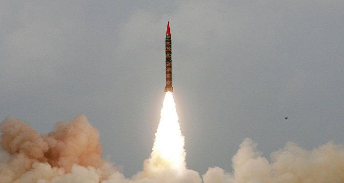 巴基斯坦成功試射可攜帶核彈頭的「沙欣-2」彈道導彈