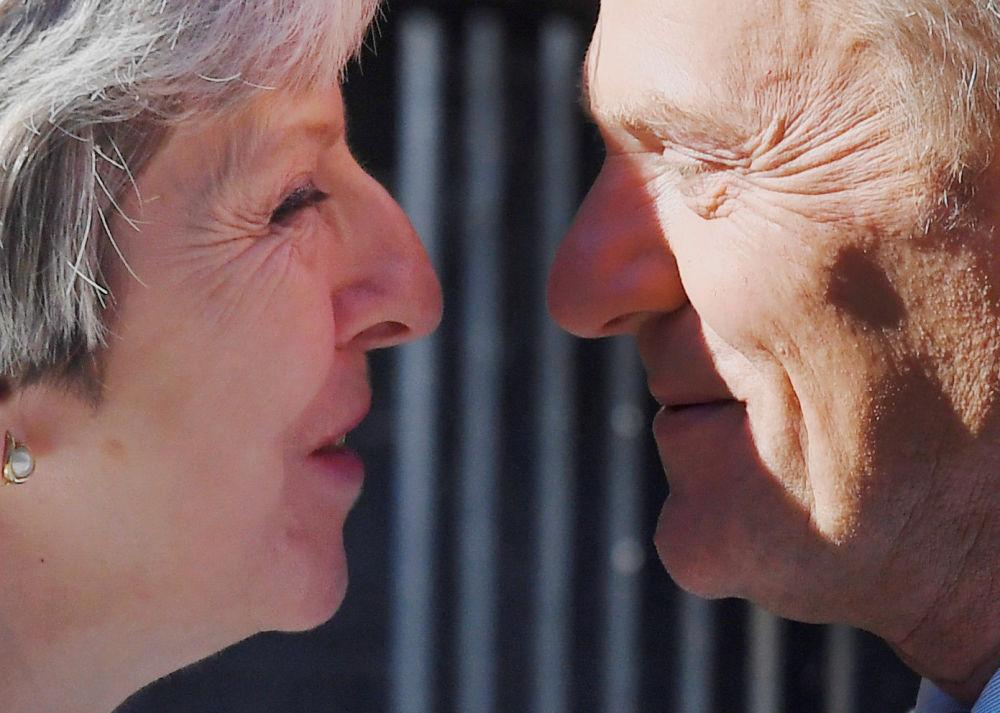 英国首相特蕾莎·梅与欧洲理事会主席唐纳德·图斯克在伦敦举行会晤。